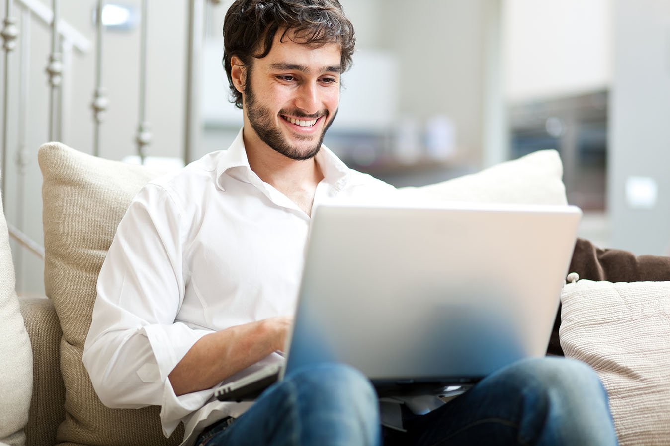 Why Live Chat Is A Must For Your Business